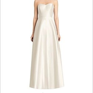 Alfred Sung Formal Dress